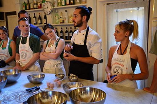 <b>ITALIENISCH+Küche und Weine